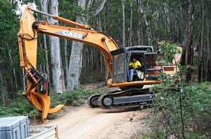 wet-hire-excavator