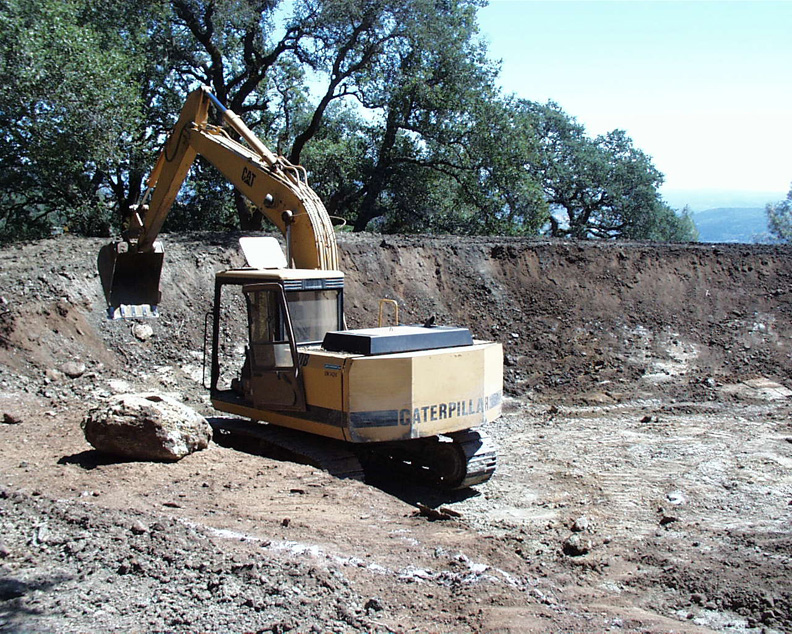 Finding an alexandra earthmoving contractor for dam for Small pond dam design